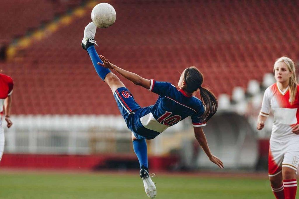 Futebol feminino no Brasil: destaques e desafios